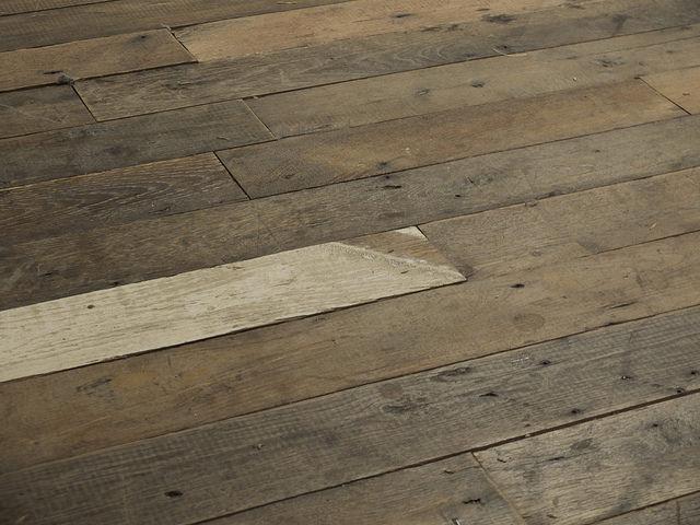 comment decaper du bois affordable super remover the original with comment decaper du bois. Black Bedroom Furniture Sets. Home Design Ideas
